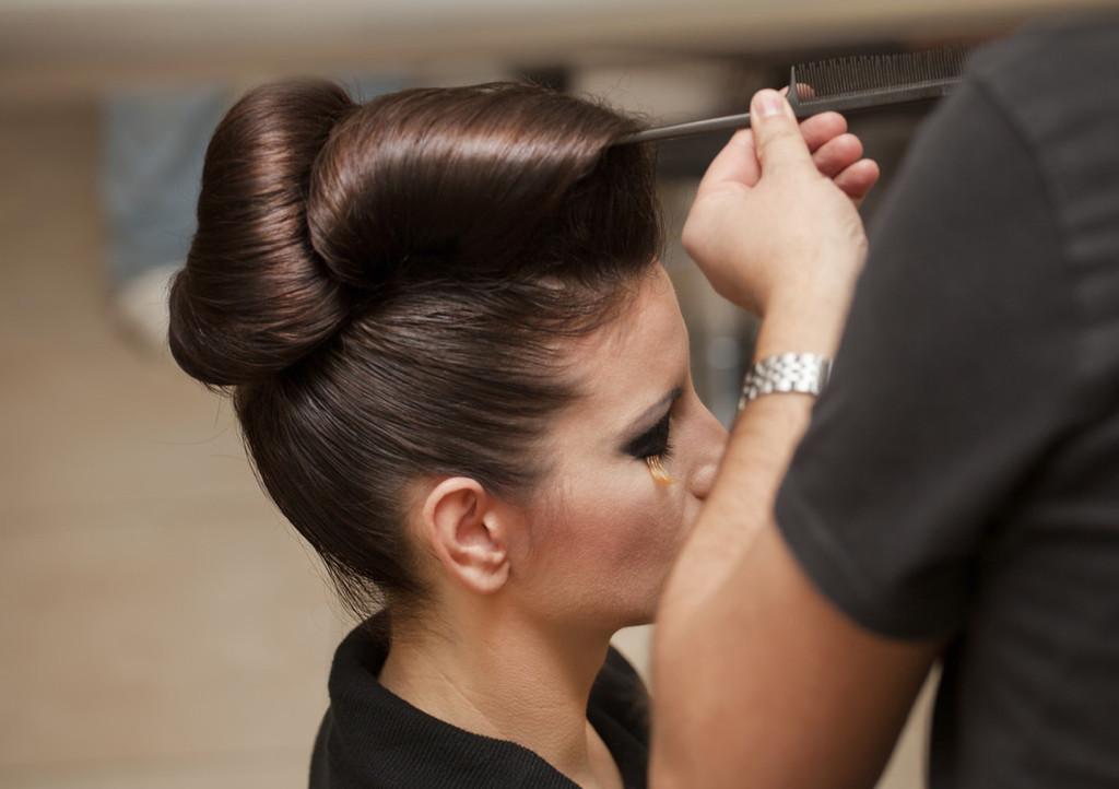 Detailbild aus dem Salon vom Haarstyling bei Lara HAIR & MAKE-UP